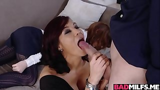 Juan Loco plowing a hot milf wet pussy on the couch balls deep!