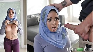 Aaliyah Hadid In Teenage Anal In Her Hijab